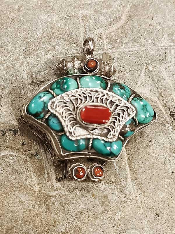 pendente tibetano GAO turchese corallo