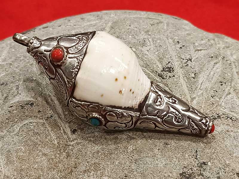 pendente tibetano conchiglia
