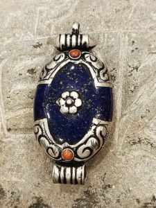 pendente tibetano argento lapislazzuli