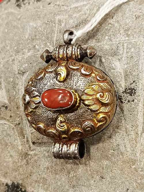 pendente tibetano GAO argento corallo