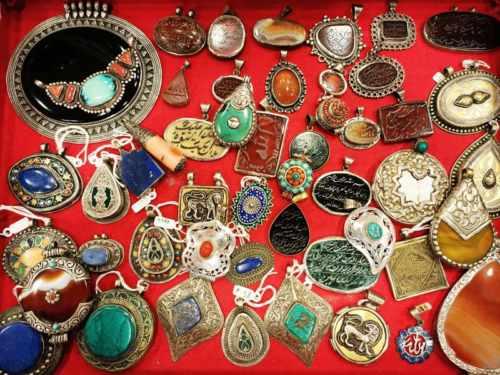 Pendenti etnici e tibetani in argento