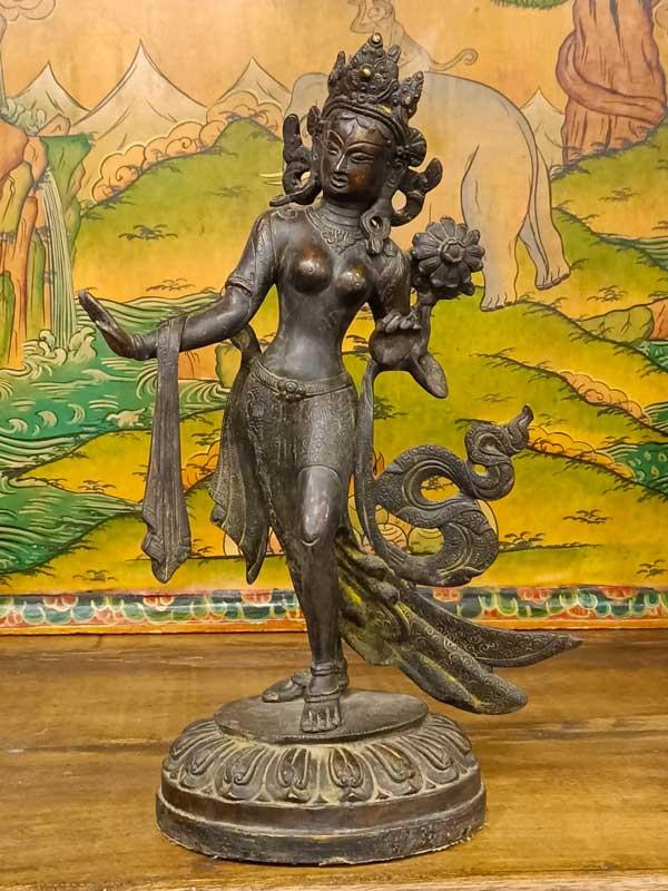 statua tara verde danzante