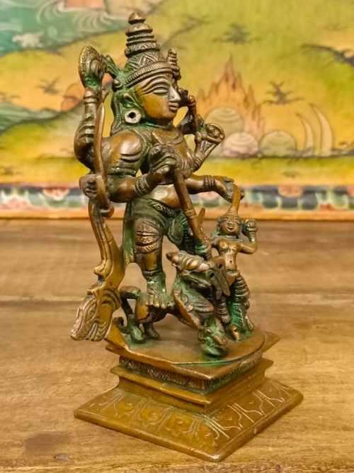statua di vishnu