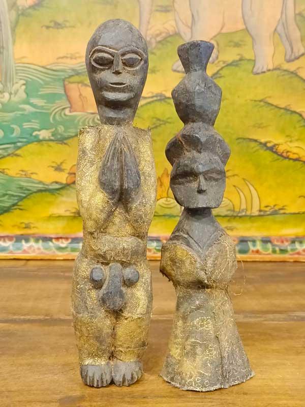 statue coppia inseparabile