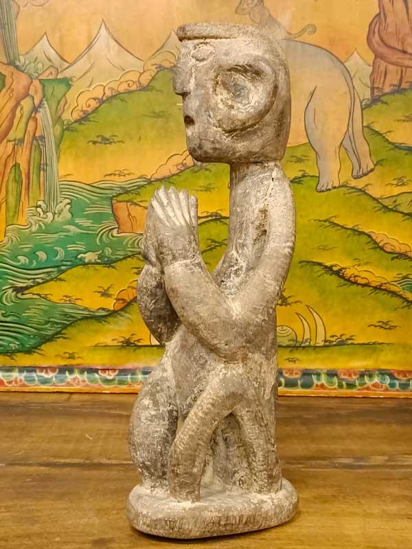statua shamanica di guardiano