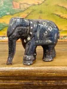 statua elefante
