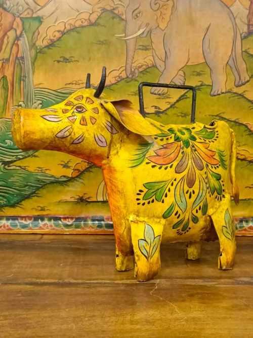 annaffiatoio con il toro Nandi