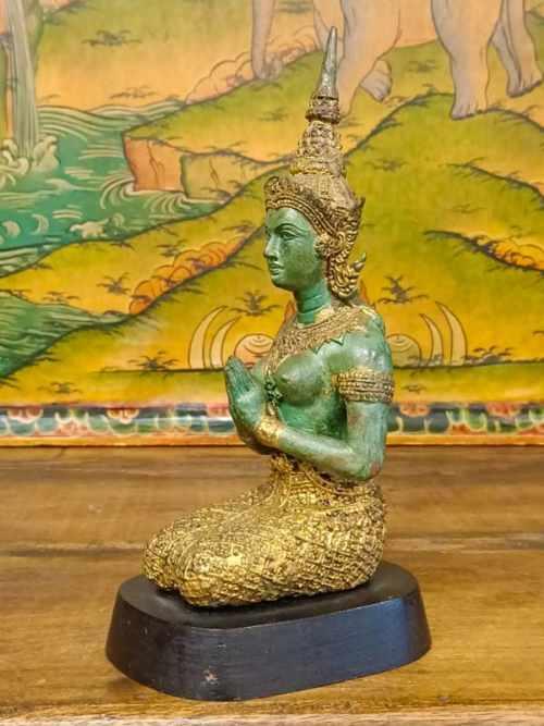 Statua Teppanom Angelo guardiano protettore del tempio