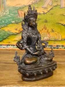 statua aparmita